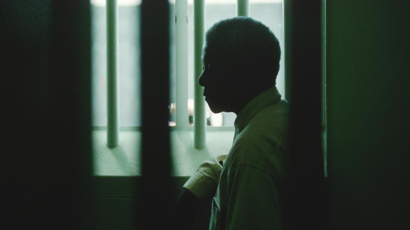 27 Jahre verbrachte Nelson Mandela in der Gefängniszelle auf Robben Island. 1994, vier Jahre nach seiner Freilassung, besuchte er sie erneut.