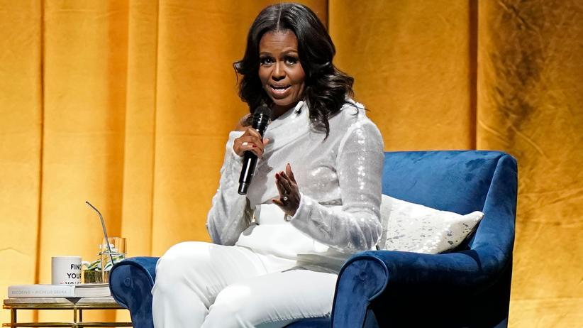 """Becoming"" von Michelle Obama: Michelle Obama auf Buchtour in Chicago am 13. November"
