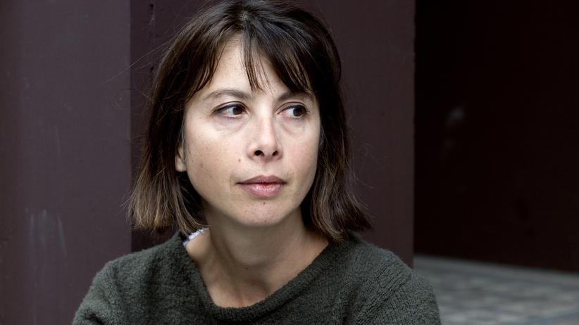 """""""Wohin mit den Mittelklassen?"""": Die Lyrikerin und Essayistin Nathalie Quintane wurde 1964 in Paris geboren. """"Wohin mit den Mittelklassen?"""" ist das erste ihrer Bücher, das ins Deutsche übersetzt wurde."""