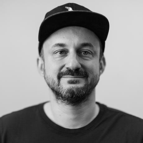 """""""Aussprachehilfen"""": Der Autor Gabriel Yoran"""