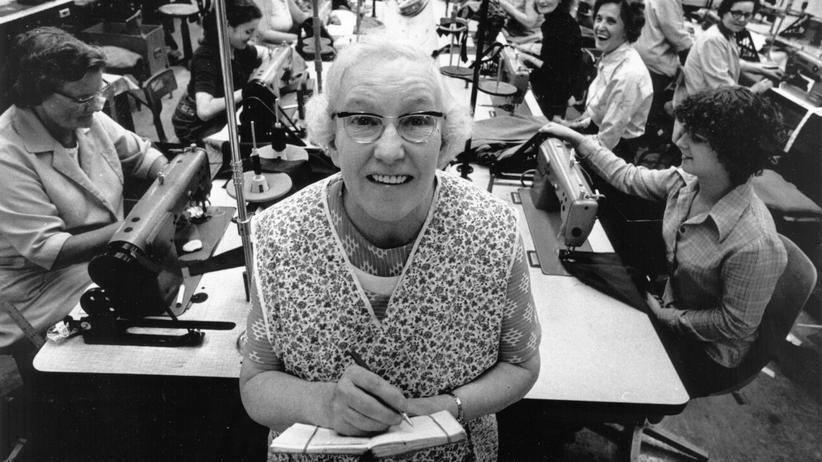 """""""Bedingungsloses Grundeinkommen"""": 1978 in der Fabrik eines britischen Bekleidungsherstellers"""