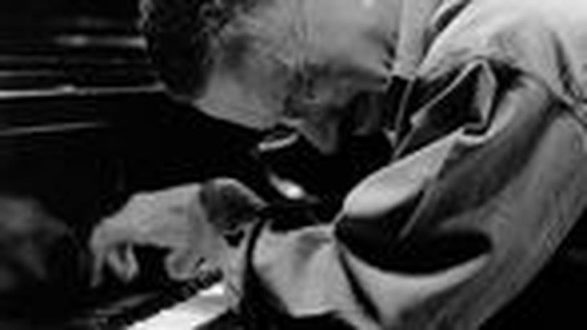 Keith Jarrett in Berlin: Im magischen Dreieck