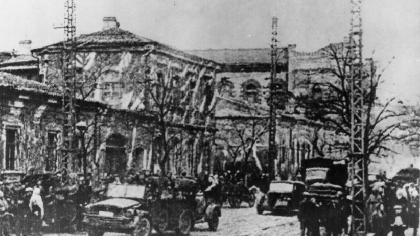 NS-Kriegsverbrechen: Spalier am Mördergraben