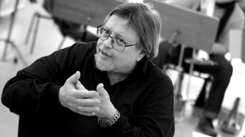 Zum Tod von Peter Herbolzheimer: Peter Herbolzheimer während der Proben mit dem Bundesjazzorchester