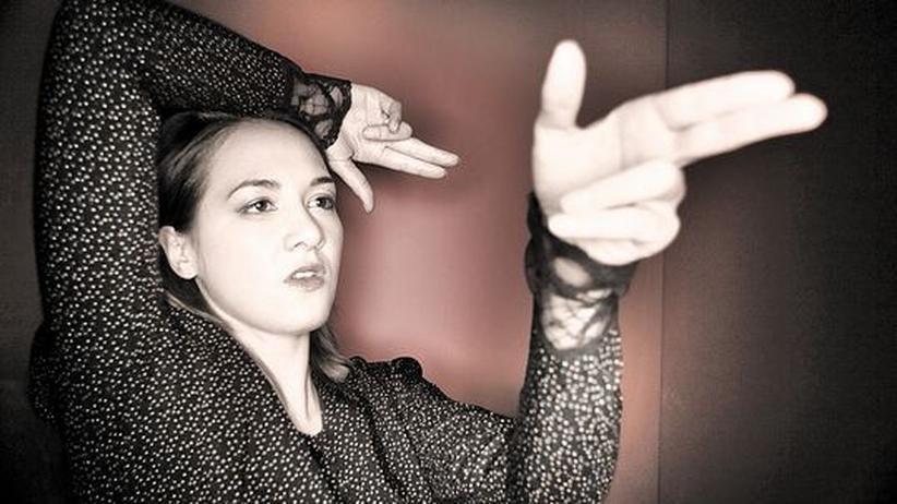 Sophie Hunger: Es ist einfach so passiert: Sophie Hungers Pistole zielt auf den Betrachter