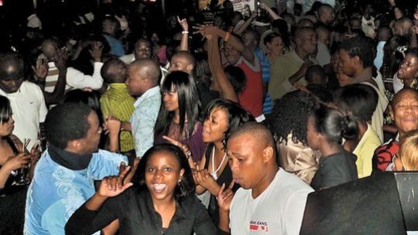 Musikszene in Südafrika: Erst im Club tanzen, dann am Strand weiterfeiern: die Kwaito-Szene in Durban