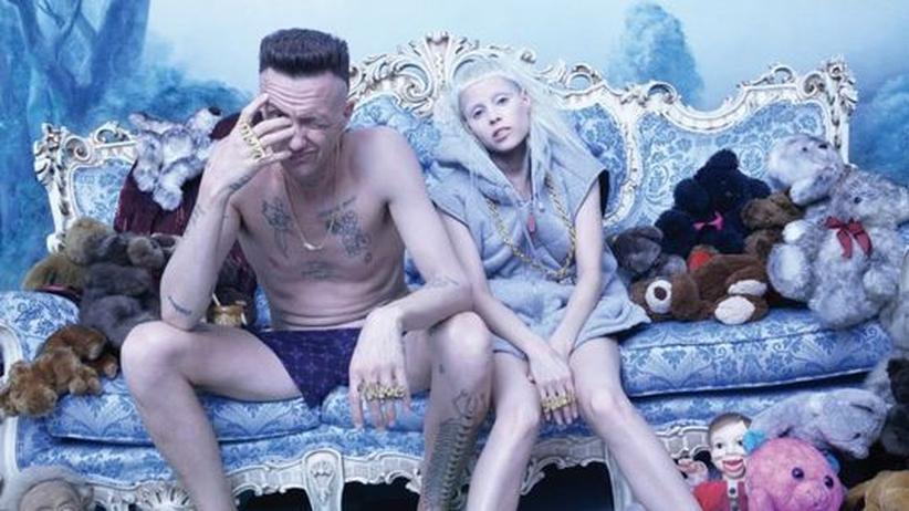 Trashpop von Die Antwoord: Ninja und Yo-Landi aus Südafrika: Ihre Musik kombiniert bellende Raps mit zwitscherndem Lolita-Gesang