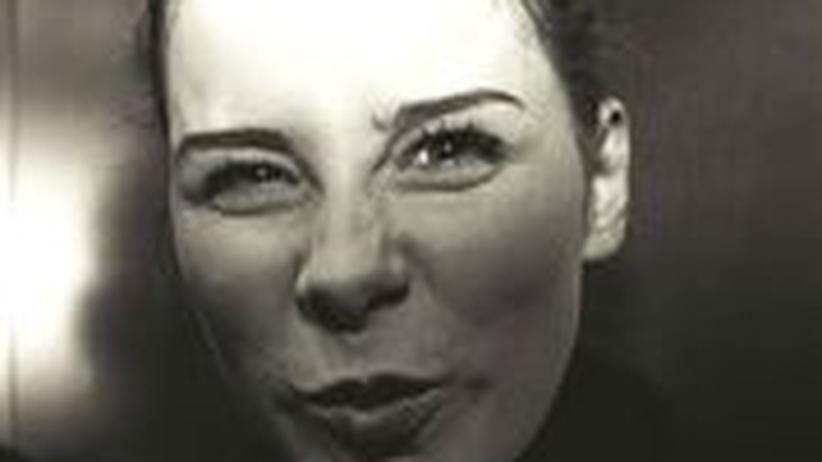 Lena Meyer-Landrut: Vor einem Auftritt im Herbst 2010 zieht Lena Meyer-Landrut eine Schnute