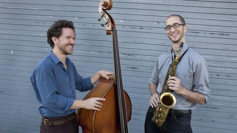 Saxofonist Steve Lehman: Stephan Crump am Bass und Steve Lehman am Alt-Saxofon (v. li.)