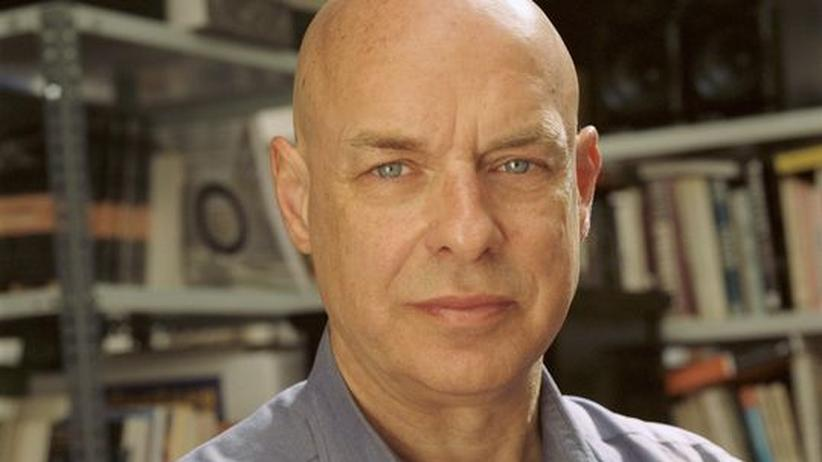 Popstar Brian Eno: Auch mit 63 Jahren könne er ungeduldig bis zum Jähzorn sein, sagt Brian Eno über sich selbst.