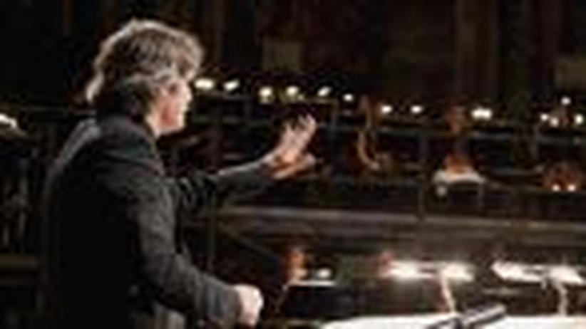 """""""Prometeo"""" in Salzburg: Wanderklänge und Blechsirenen"""