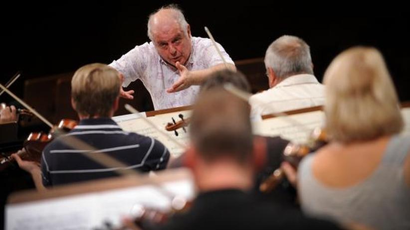 Daniel Barenboim bei der Orchesterprobe in Berlin