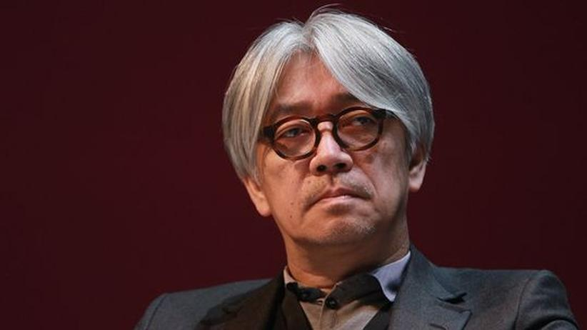"Komponist Ryuichi Sakamoto: ""Ich kam zu einem Yoga-Guru"""