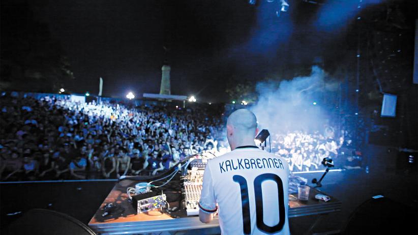 Neues Techno-Album: Kalkbrenner bewegt die Massen