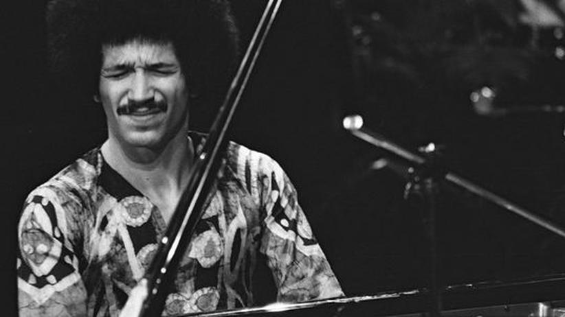 Plattenfirma ECM: Der junge Keith Jarrett auf einem Foto aus der Ausstellung