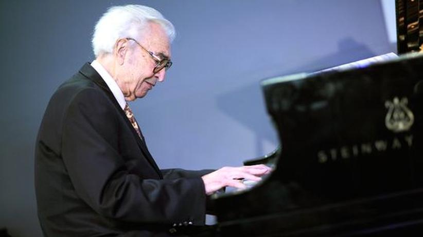 Pianist: Jazzlegende Dave Brubeck ist tot
