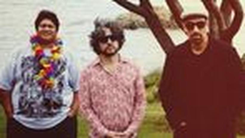 Deutschland-Premiere: Das neuseeländische Kollektiv um den Sänger Joe Dukie (dritter von links)