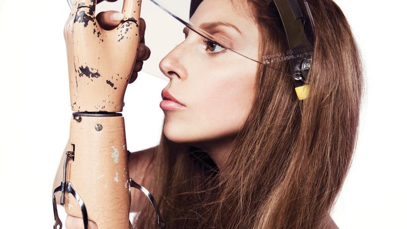 """Judith Halberstam: """"Lady Gaga ist der Andy Warhol unserer Tage"""""""