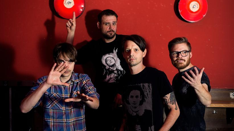 Love A: Kultur, Love A, Album, Band, Lyrik, Trier, Rockmusik, Punk