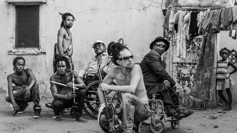 Mbongwana Star: Aus dem Kongo in den Orbit