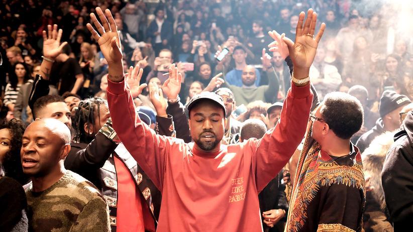 Kanye West im Madison Square Garden während der Präsentation seiner Kollektion von Mode und Musik