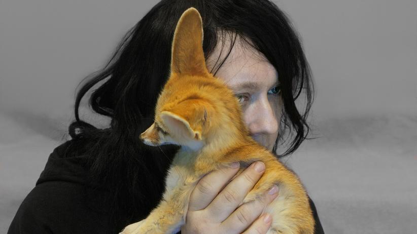 Anohni: Lieber Kleintier als Kamera: Die transsexuelle Musikerin Anohni, 1971 geboren als Antony Hegarty, hat die Fotografen aus dem Konzertsaal verbannt.