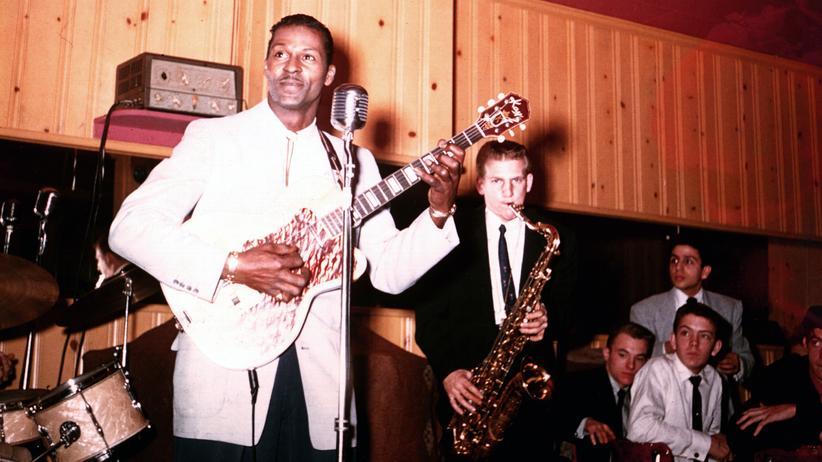 Chuck Berry: Chuck Berry mit seiner Band um 1956