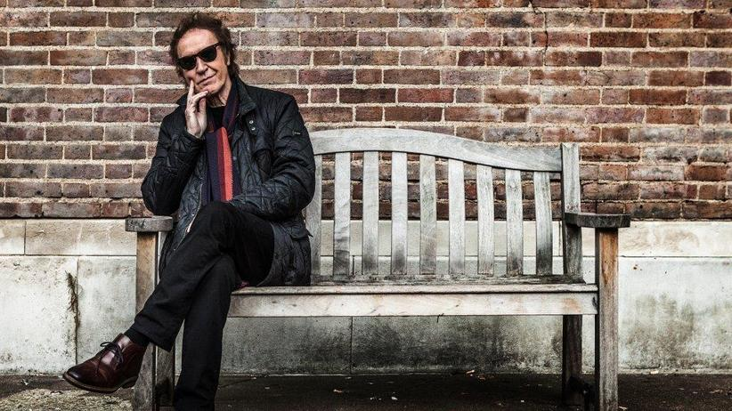 "Ray Davies: Er hat in London gelebt, in New York, in New Orleans. Eine echte Heimat hat Ray Davies bis heute nicht gefunden: ""Man muss eine Bürokratenseele haben, um zu wissen, wo man hingehört""."