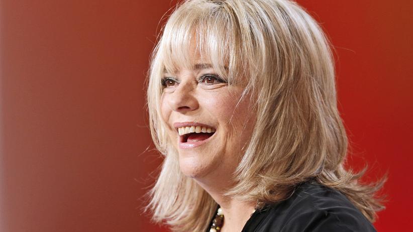 Paris: Die französische Sängerin France Gall in einer TV-Show im Oktober 2013.