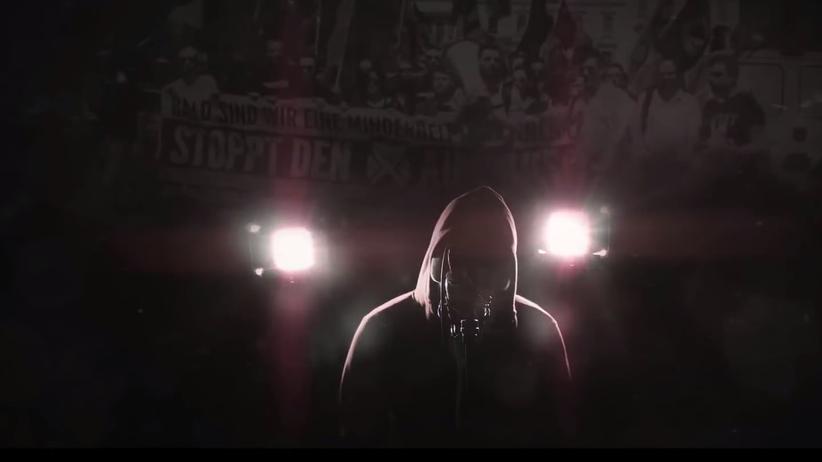 """Identitäre Bewegung: """"Es ist an der Zeit zum Verteidigen des Eigenen, macht euch bereit"""": der Rapper Komplott in seinem Musikvideo """"Europa"""""""