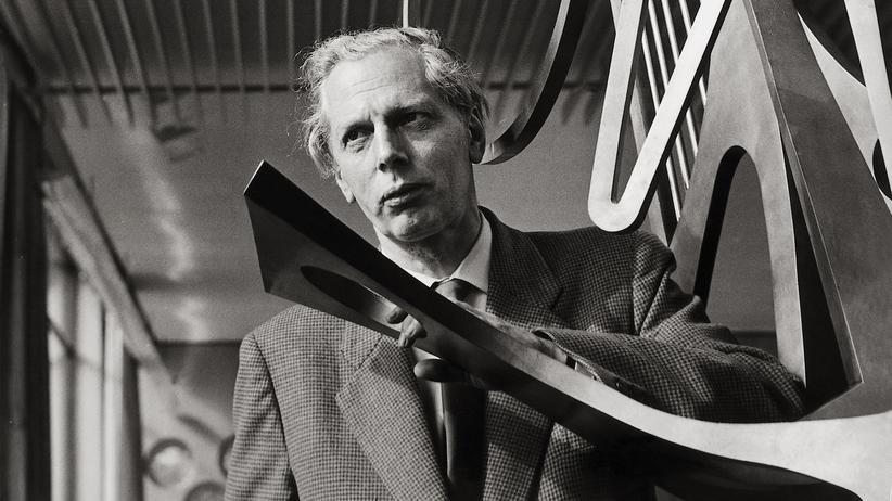 Musik-Metadaten: Der deutsche Komponist Boris Blacher im Jahr 1955. Rautavaara war einer seiner Schüler.