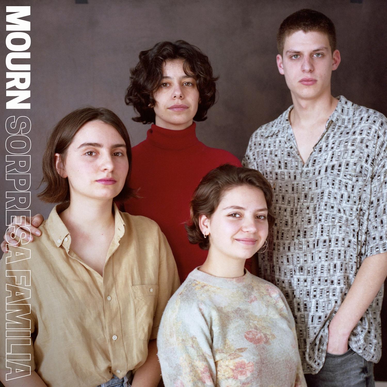 Pop-Neuerscheinungen: Mourn – Sorpresa Family (Captured Tracks)
