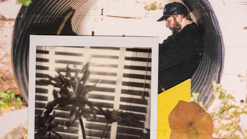 Bon Iver: Justin Vernon trennt sich von seinem Alter Ego. Auf dem vierten Album seiner Band Bon Iver nimmt die Suche nach neuen Ausdrucksweisen abenteuerliche Formen an.