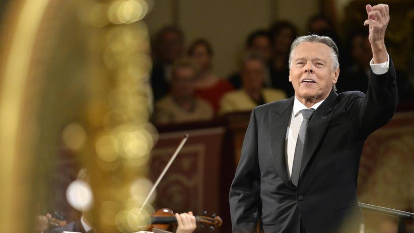 Mariss Jansons: Mariss Jansons während des Neujahrskonzerts der Wiener Philharmoniker 2016