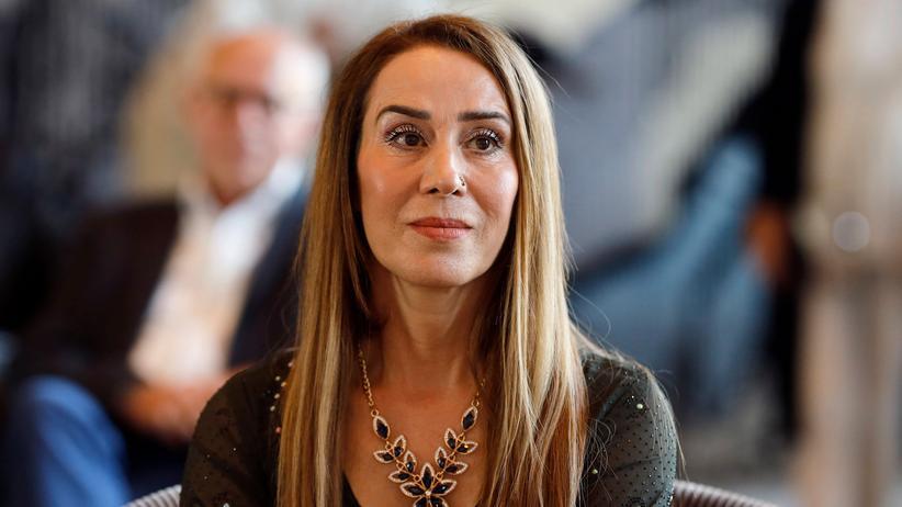 Hozan Canê: Kölner Sängerin in der Türkei zu mehr als drei Jahren Haft verurteilt