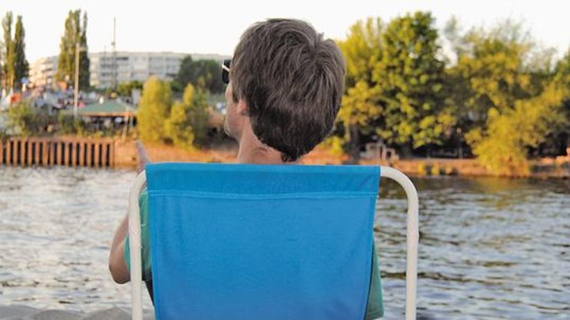 Sommertipps: Der perfekte Ort für einen Sundowner: das Kiki Blofeld am Spreeufer