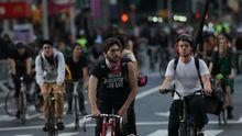 New York: Radfahrer während einer Demonstration in New York