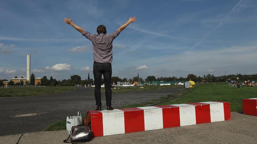 Tempelhofer Feld: Entfaltung auf dem Rollfeld