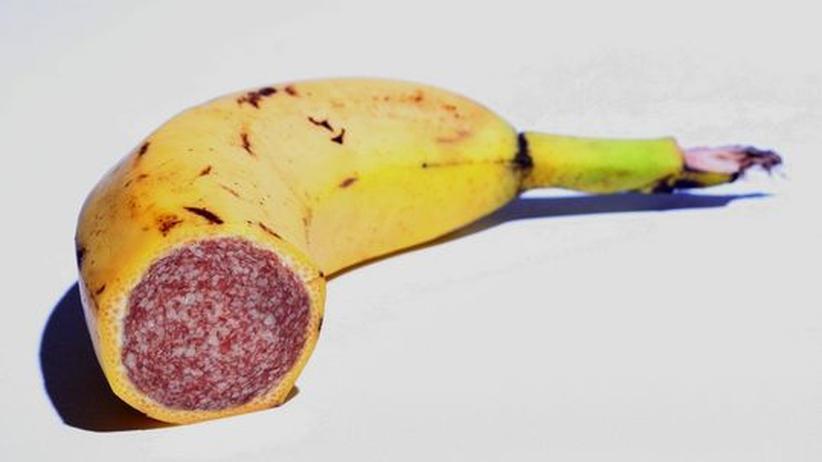 Gender-Food: Fleisch oder Obst? Statistiken ergeben, dass Frauen täglich ein Drittel mehr Obst und Gemüse essen als Männer.
