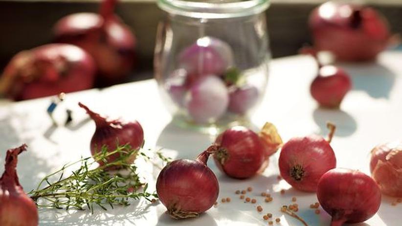 Wochenmarkt: Die edelsten werden einbalsamiert, dann halten sich die Zwiebeln eine kleine Ewigkeit.