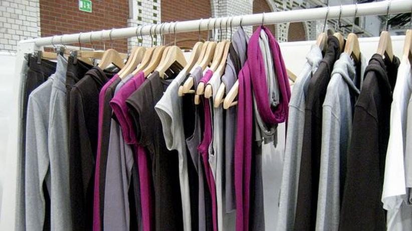 """Modemesse Premium: Das Label """"So Pure by Sense Organics"""" ist eines von vielen Öko-Labels, die auf der Modemesse Premium in Berlin Oberteile und Hosen aus Bio-Baumwolle vorstellen"""