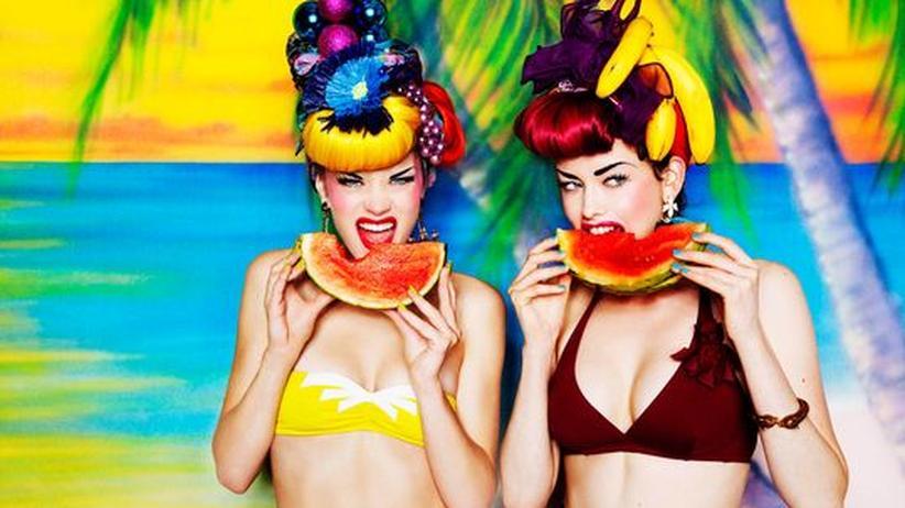 """Fashion Film Festival: Ein Standbild aus dem Modefilm """"Tutti Frutti"""" von der Fotografin Ellen von Unwerth"""