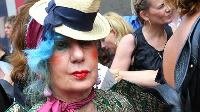 """Vogue""-Journalistin: Mode-Expertin Anna Piaggi ist tot"