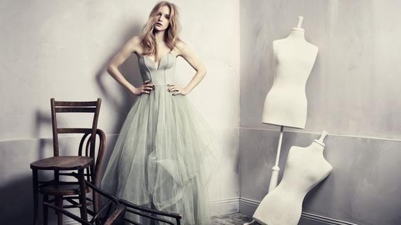 Faire Mode von H&M: Auch Abendkleider bietet H&M jetzt mit gutem Gewissen an.