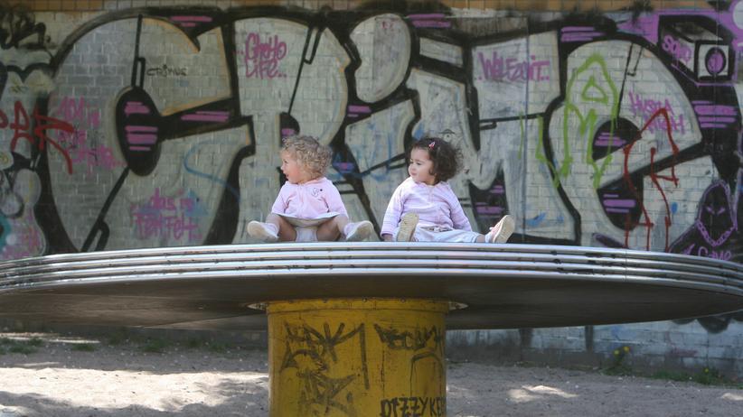 Familienpolitik: Hinterm Wickeltisch geht's weiter