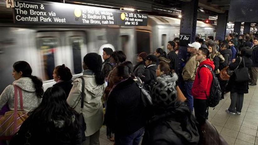 Roya Hakakian: Das Wunder der New Yorker U-Bahn