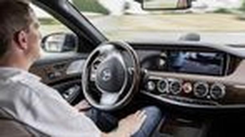 Autonomes Fahren im Mercedes-Benz S 500