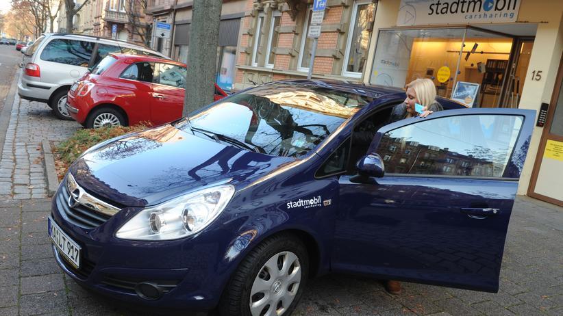Carsharing: Fahrzeug von Stadtmobil in Karlsruhe