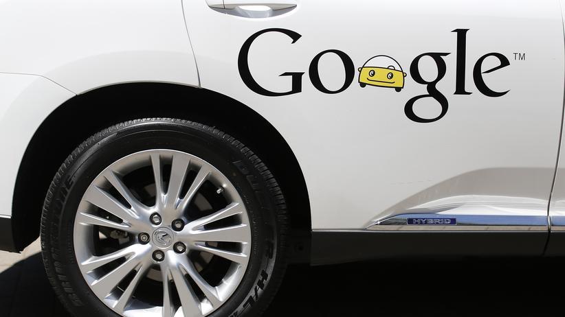 Internetkonzern: Bei der Entwicklung von selbstfahrenden Autos setzte Google bislang auf Wagen fremder Hersteller. Nun arbeitet das Unternehmen an seinem eigenen Fahrzeug.