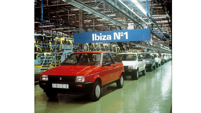 Der erste Seat Ibiza läuft 1984 vom Band.